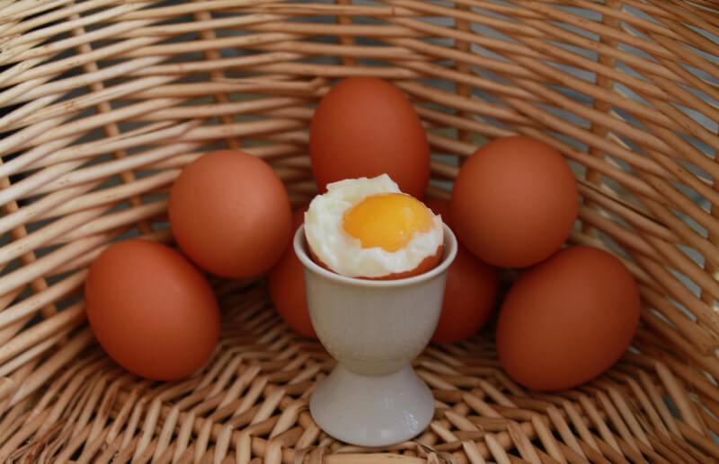 Gotowanie jajka na miękko